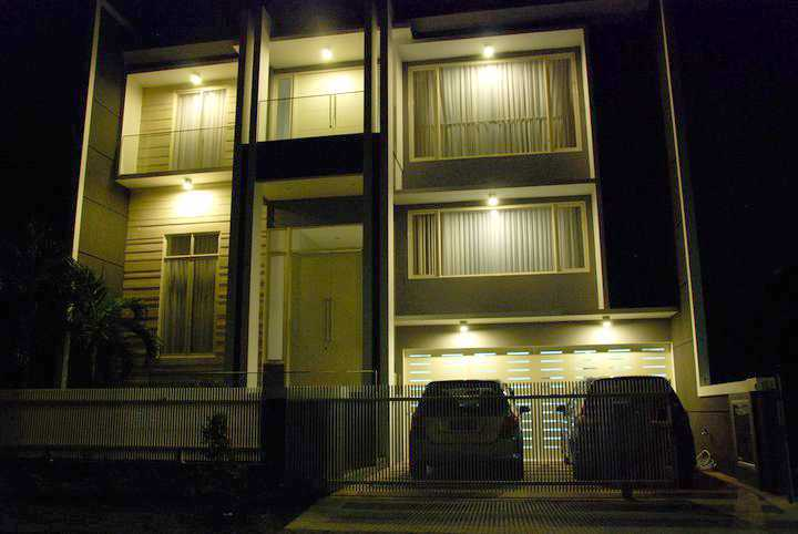 Andre Sutanto Mezzanine 2.5 Storey House San Diego Pakuwon City San Diego Pakuwon City Front View Modern 25547