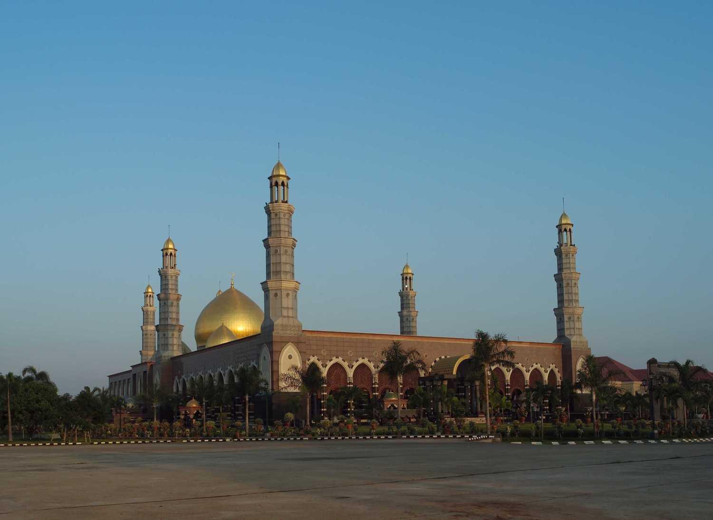 Pt. Garisprada Kubah Emas Mosque Meruyung, Limo, Depok City, West Java, Indonesia Depok Mosque Klasik 22016