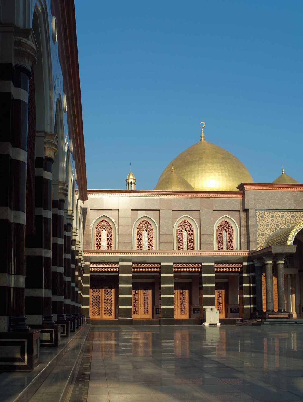 Pt. Garisprada Kubah Emas Mosque Meruyung, Limo, Depok City, West Java, Indonesia Depok Exterior Klasik 22019