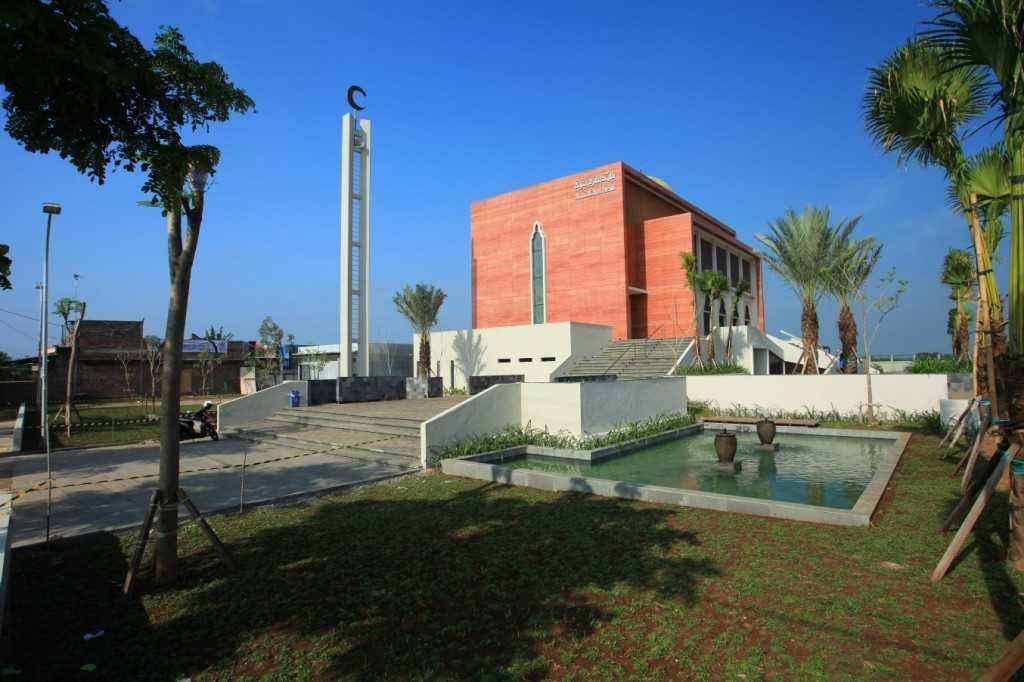 Pt. Garisprada Al Birru Pertiwi Mosque Bojonegoro, East Java Bojonegoro, East Java Front View Modern 21801