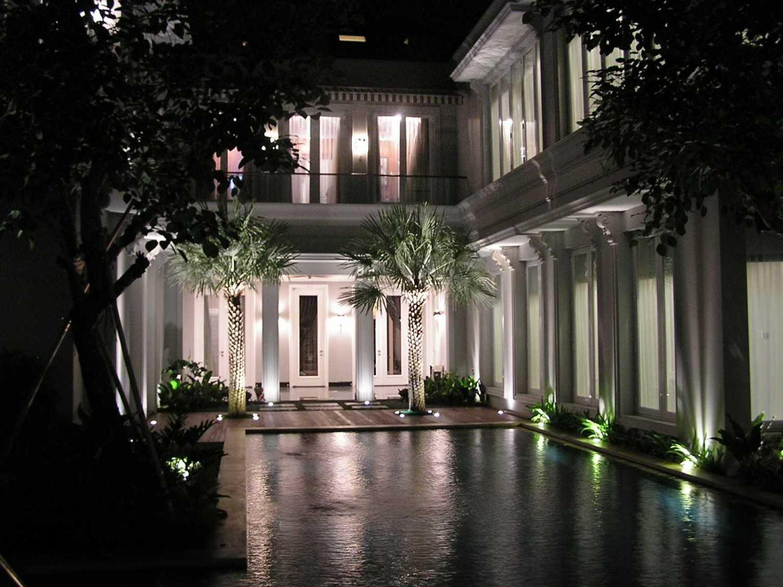 Pt. Garisprada Pondok Indah Residence Pondok Pinang, Kebayoran Lama, South Jakarta City, Jakarta, Indonesia Pondok Indah Swimming Pool Area Modern 21884