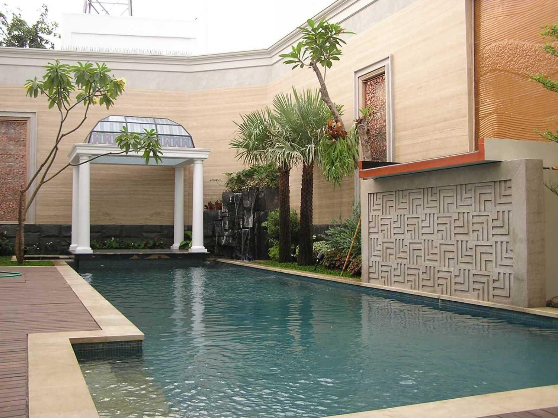 Pt. Garisprada Pattimura Residence Jl. Pattimura, Selong, Kby. Baru, Kota Jakarta Selatan, Daerah Khusus Ibukota Jakarta 12110, Indonesia Pattimura Swimming Pool Modern 22093