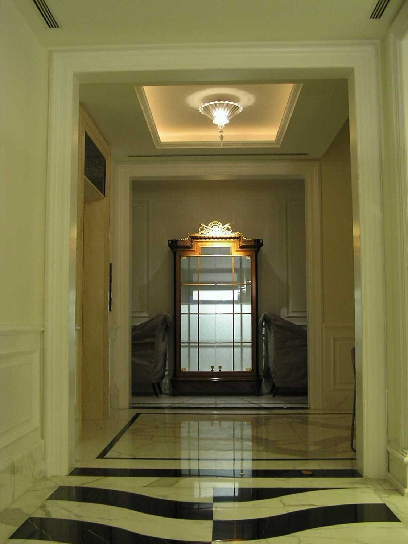 Pt. Garisprada Pattimura Residence Jl. Pattimura, Selong, Kby. Baru, Kota Jakarta Selatan, Daerah Khusus Ibukota Jakarta 12110, Indonesia Pattimura Corridor Modern 22101