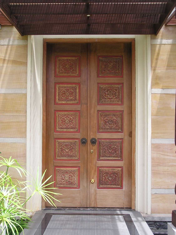 Pt. Garisprada Permata Hijau Residence Rt.4/rw.2, Grogol Utara, Kby. Lama, Kota Jakarta Selatan, Daerah Khusus Ibukota Jakarta 12210, Indonesia Permata Hijau Front Door Tradisional 22363
