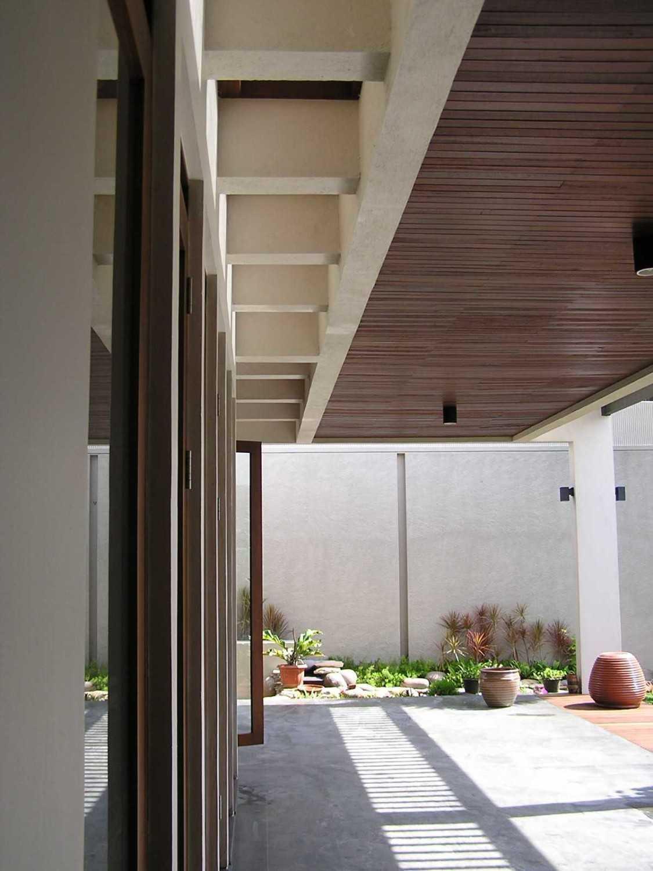Pt. Garisprada Bintaro Residence Bintaro, Pesanggrahan, South Jakarta City, Jakarta, Indonesia Bintaro Pa264674 Tropis 22385
