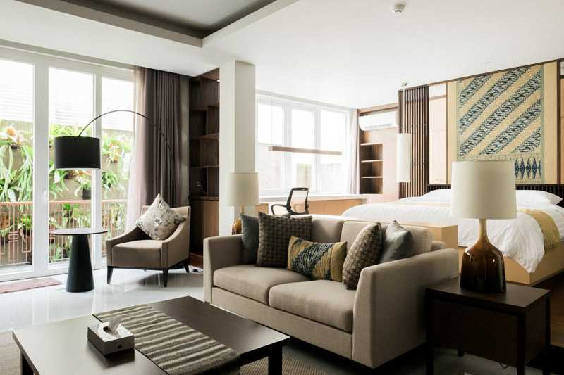 Foto inspirasi ide desain ruang keluarga asian Living room oleh PT. GARISPRADA di Arsitag