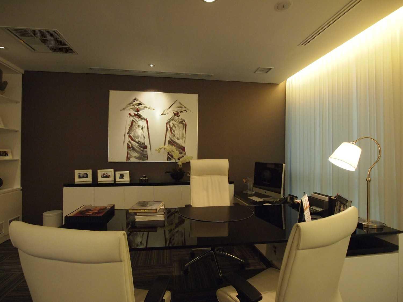 Pt. Garisprada Risjardson Karet Karet Office Room Modern 25732