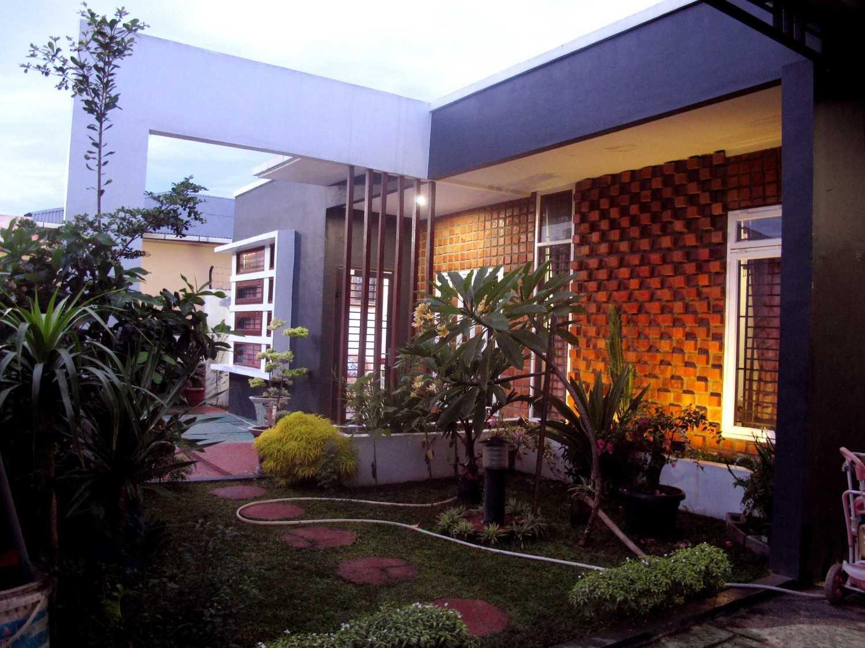 DMNT Studio - Medan di Medan