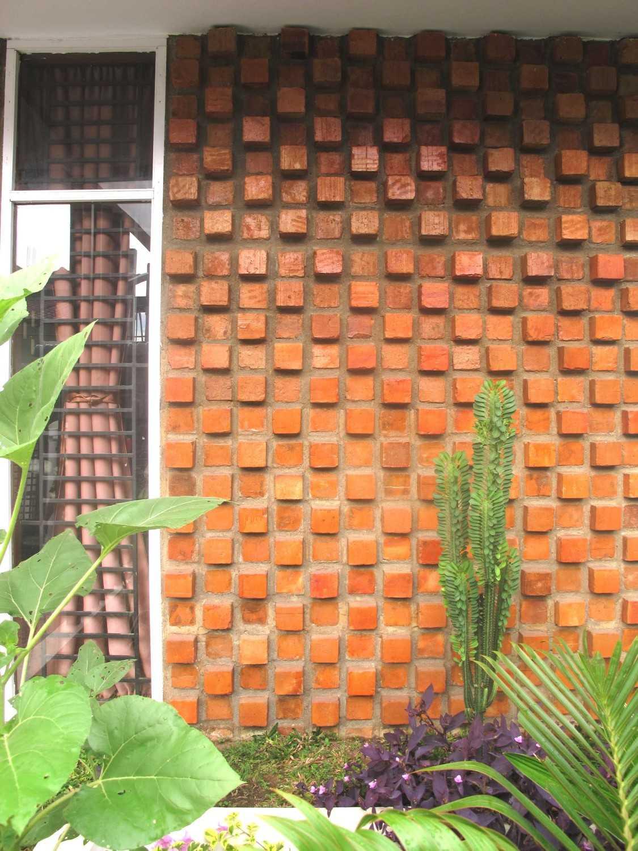 Studio Mifanolu Bobby House Medan Medan Img5754 Tropis 21965