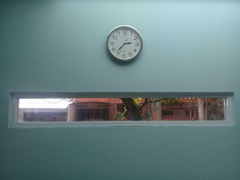 Rqt8 Compact House Jakarta Jakarta Dinding-Depan Modern 28336