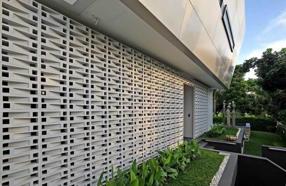 Ivan Priatman Architecture Ddyw Residence Surabaya, Kota Sby, Jawa Timur, Indonesia Surabaya Exterior  23717