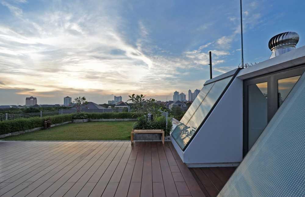 Ivan Priatman Architecture Ddyw Residence Surabaya, Kota Sby, Jawa Timur, Indonesia Surabaya Rooftop  23720