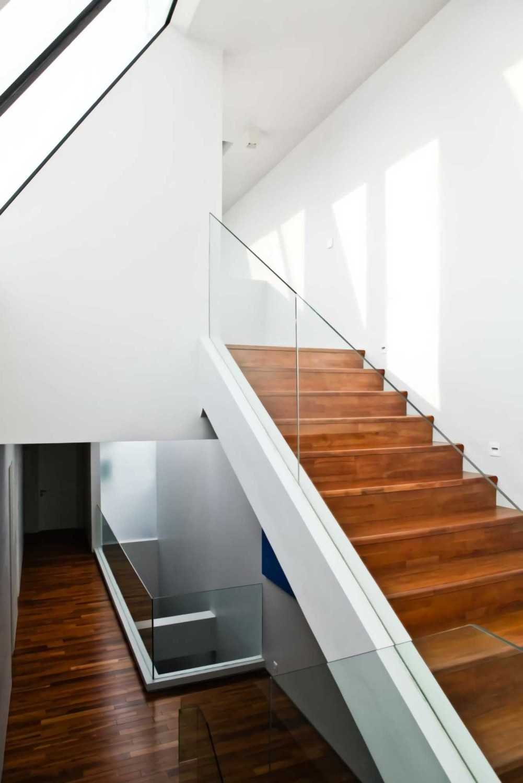 Ivan Priatman Architecture Ddyw Residence Surabaya, Kota Sby, Jawa Timur, Indonesia Surabaya Stairs  23724