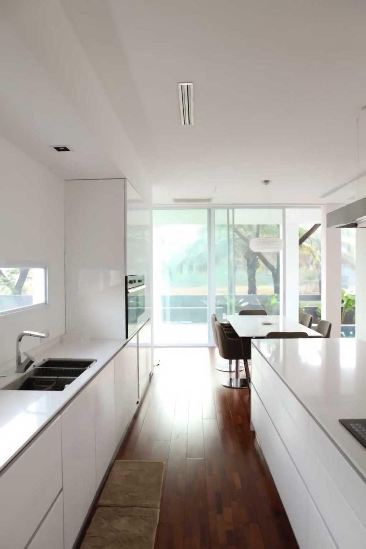 Ivan Priatman Architecture Ipcw Residence Surabaya Surabaya Kitchen Room  23760