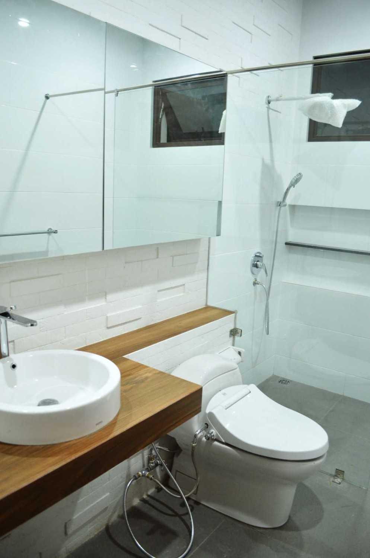 X3M Architects Nittaya A3 15 House Bsd Bsd Bathroom  25294