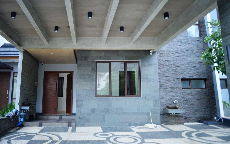 X3M Architects Nittaya A3 15 House Bsd Bsd Front Area  25314
