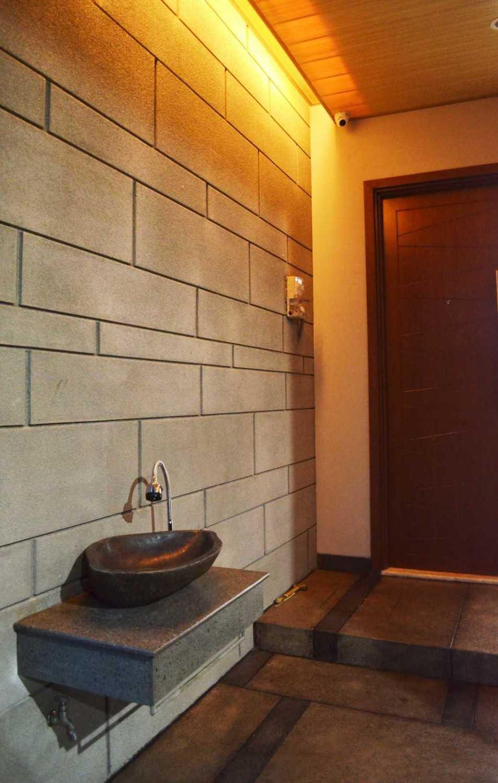 X3M Architects Nittaya A3 15 House Bsd Bsd Wastafel  25321