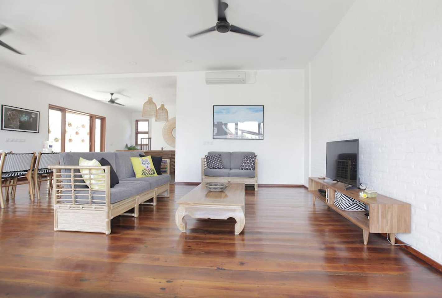 Hg Architects & Designers Associates Villa Pererenan Pererenan, Mengwi, Kabupaten Badung, Bali, Indonesia Pererenan, Mengwi, Kabupaten Badung, Bali, Indonesia Living Room Villa  48588