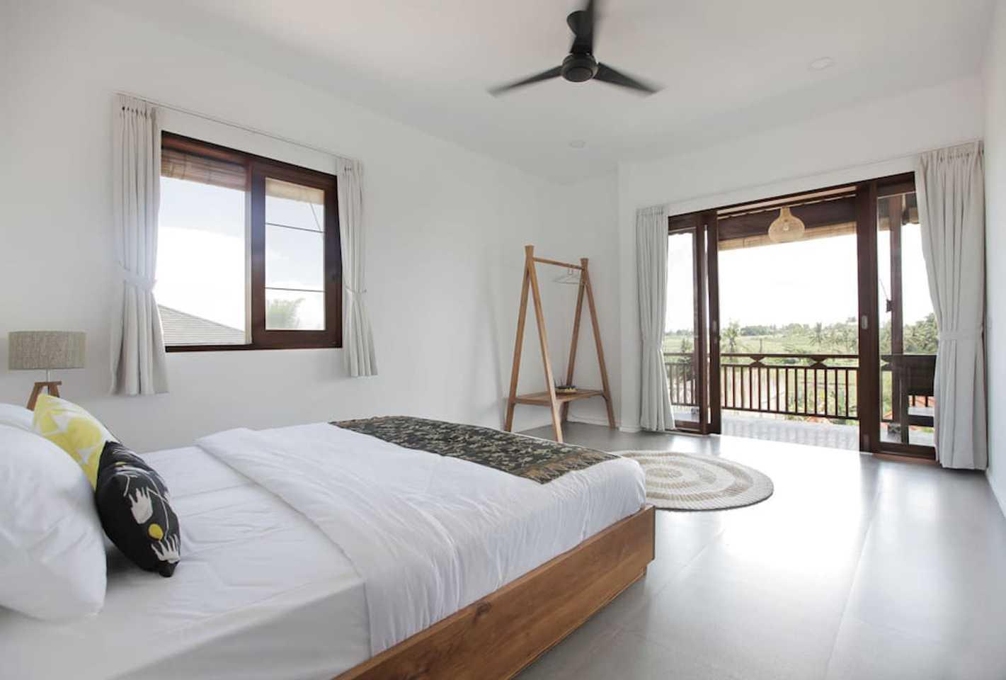 Hg Architects & Designers Associates Villa Pererenan Pererenan, Mengwi, Kabupaten Badung, Bali, Indonesia Pererenan, Mengwi, Kabupaten Badung, Bali, Indonesia Bedroom View  48593