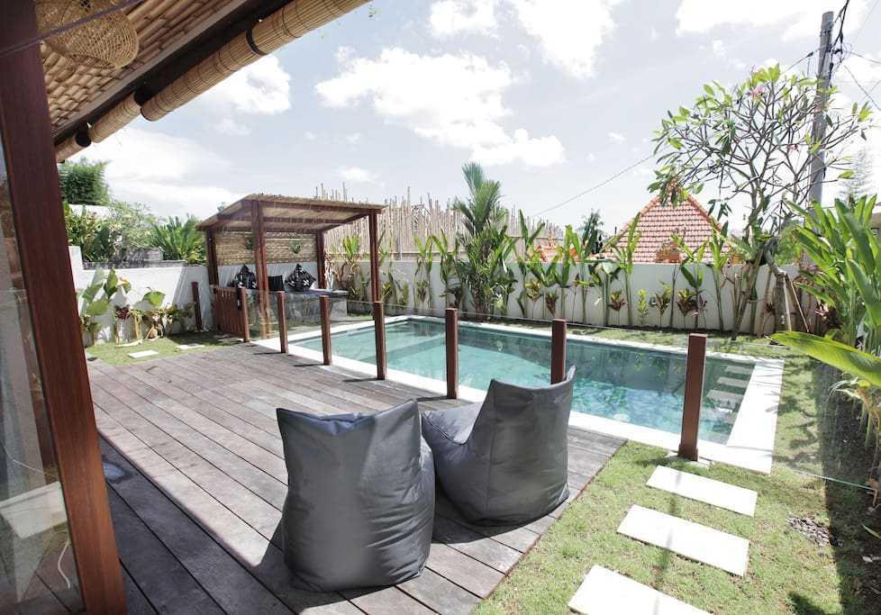 Hg Architects & Designers Associates Villa Pererenan Pererenan, Mengwi, Kabupaten Badung, Bali, Indonesia Pererenan, Mengwi, Kabupaten Badung, Bali, Indonesia Backyard View  48596