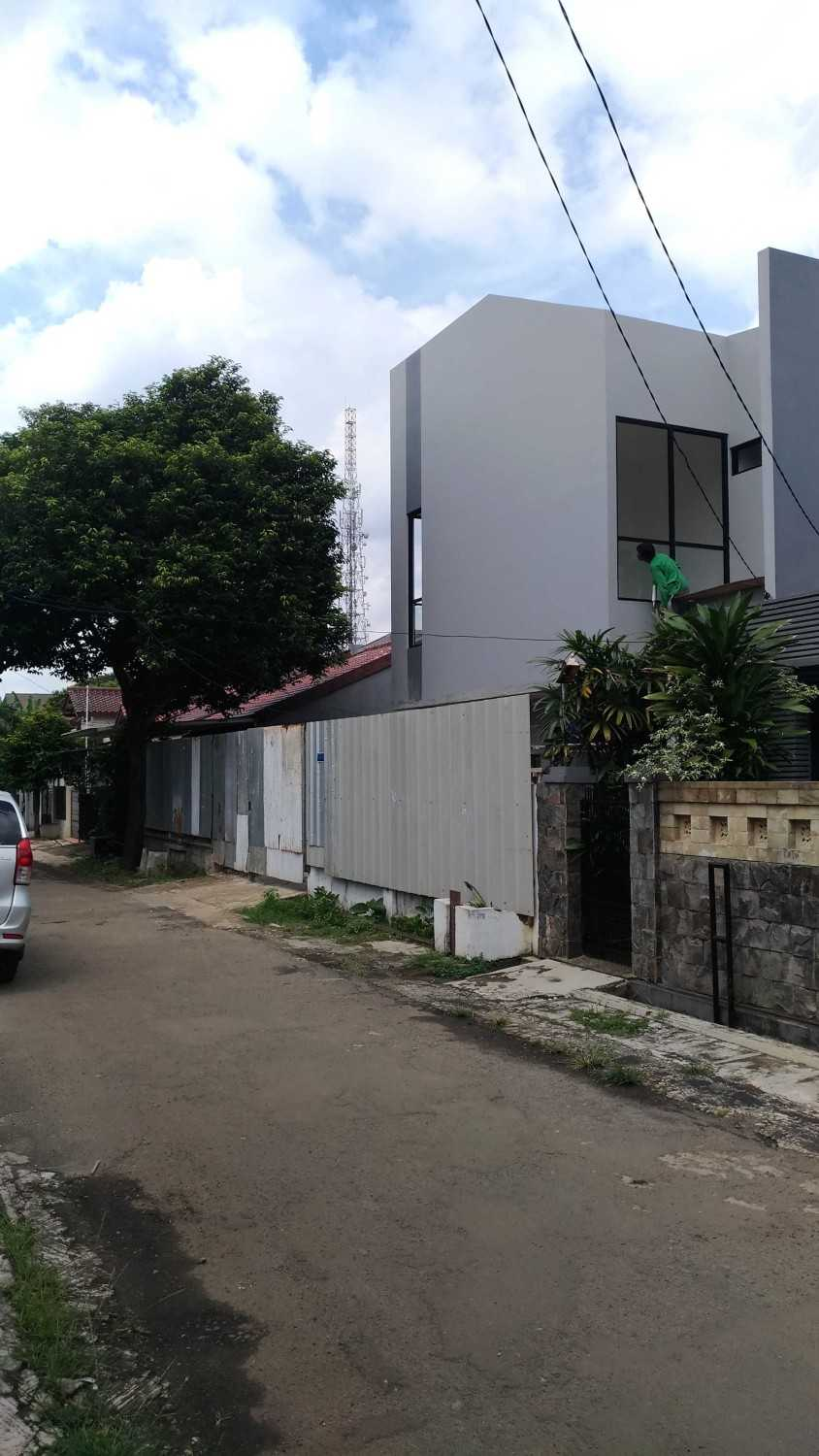Mahastudio & Partner Renovasi Rumah Beiji Depok City, West Java, Indonesia Depok City, West Java, Indonesia Under Construction Tropis 51335