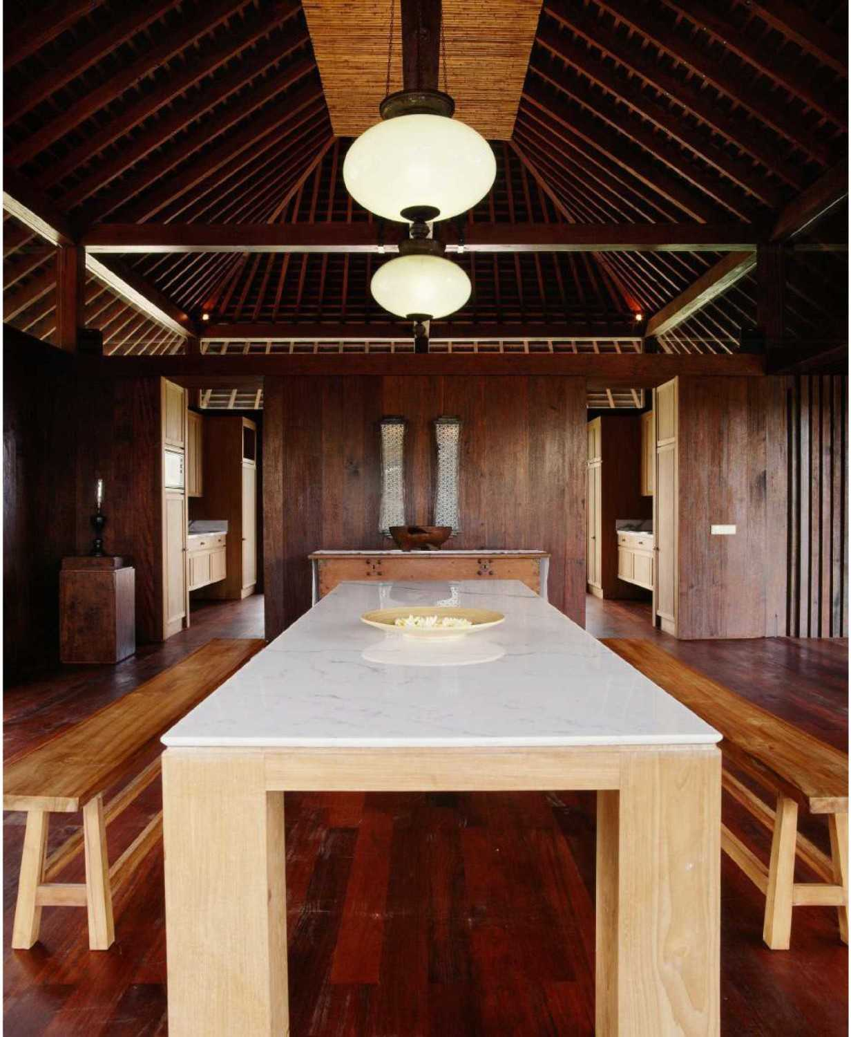 Studio Air Putih Ak_House Rancamaya, Bogor Rancamaya, Bogor Dining Table Tradisional 25020