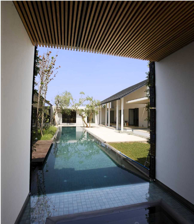 Studio Air Putih P_House Bsd, Serpong Bsd, Serpong Swimming Pool View  25057