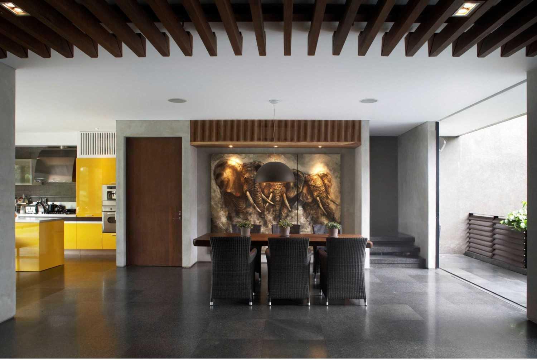 Studio Air Putih W_House Tulodong, Jakarta Tulodong, Jakarta Dining Room  25166