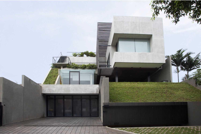 Studio Air Putih W_House Tulodong, Jakarta Tulodong, Jakarta Front View Contemporary 25171