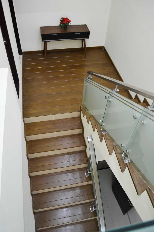 Dtarchitekt Modernland Resident Kota Modern, Modernland City - Tangerang Kota Modern, Modernland City - Tangerang Detail - Stair  29834