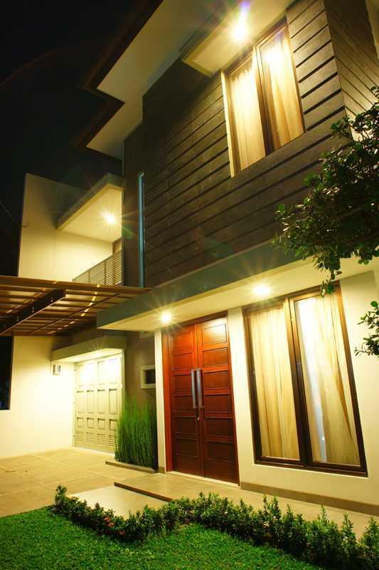 Rekabentuk Id M.m. House Kota Bandung, Jawa Barat, Indonesia Kota Bandung, Jawa Barat, Indonesia Dsc04682-Resize Modern 34049