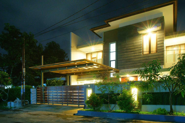 Rekabentuk Id M.m. House Kota Bandung, Jawa Barat, Indonesia Kota Bandung, Jawa Barat, Indonesia Dsc04664-Edit Modern 35072