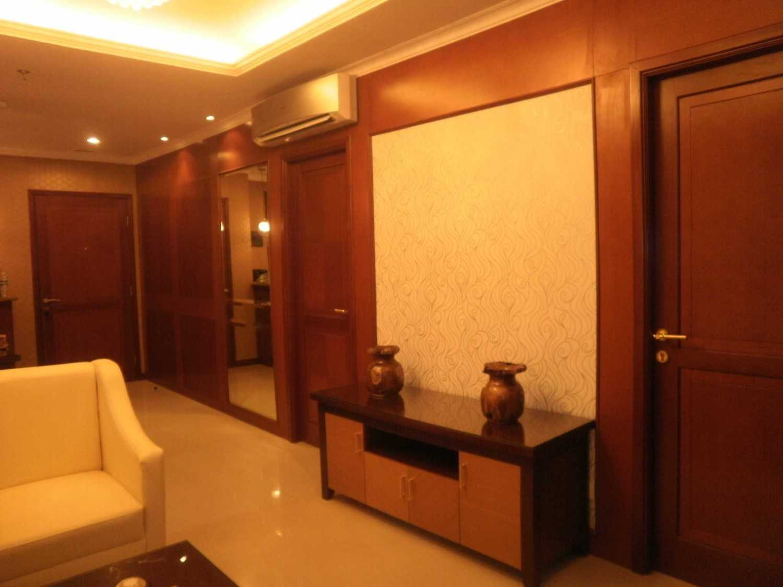 Bayu Prasetyo Lavande Residence Tebet, South Jakarta City, Jakarta, Indonesia Tebet, South Jakarta City, Jakarta, Indonesia P8010140 Asian 33692