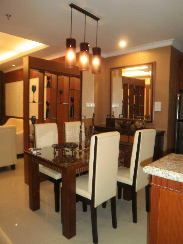 Foto inspirasi ide desain ruang makan asian P8010172 oleh Bayu Prasetyo di Arsitag