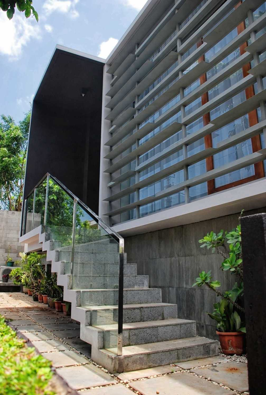 Spark Architects Meranti House Semarang Semarang Home06 Modern 28240