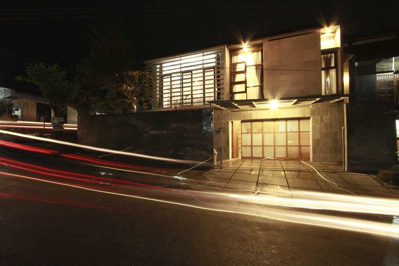 Spark Architects Meranti House Semarang Semarang Img6302 Modern 28242
