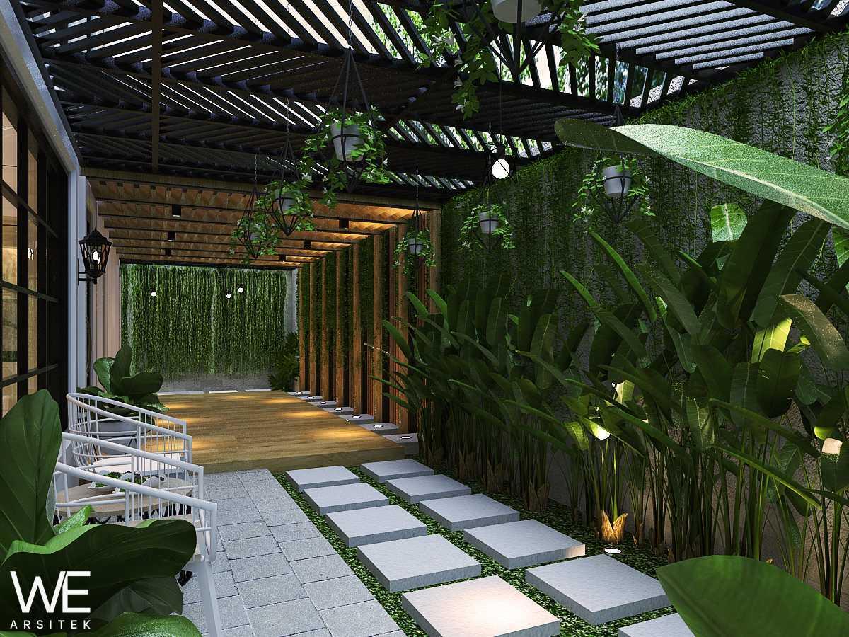 We Arsitek Grand City Residence - Tropical Contemporary Medan, Kota Medan, Sumatera Utara, Indonesia Medan, Kota Medan, Sumatera Utara, Indonesia Garden  45738