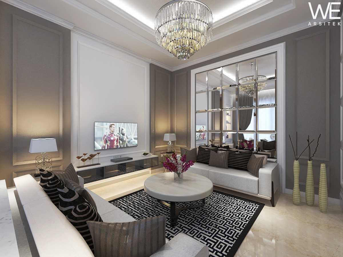 We Arsitek Jh's Residence - Classic Style Medan, Kota Medan, Sumatera Utara, Indonesia Medan, Kota Medan, Sumatera Utara, Indonesia Living Room Klasik 45810