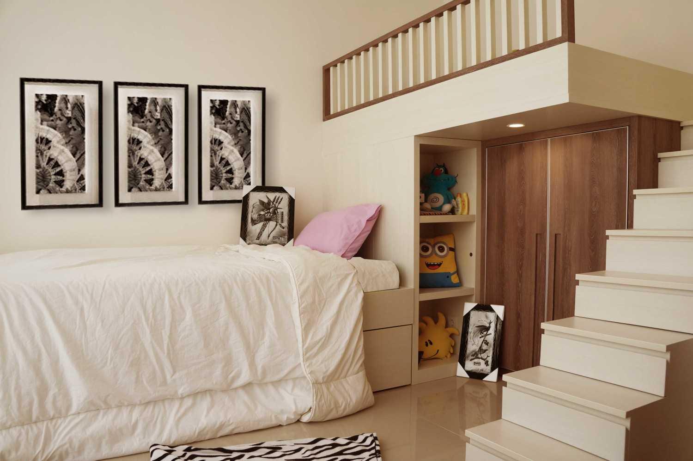 Koma Graha Natura Ab Surabaya Surabaya Graha-Natura-Tirza-Kid-Bedroom-1 Kontemporer,modern 29502