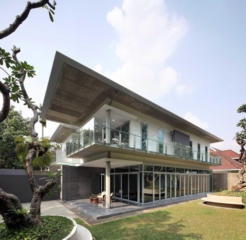 Irianto Purnomo Hadi Swiss Embassy  Jakarta, Indonesia Exterior View Kontemporer 30262