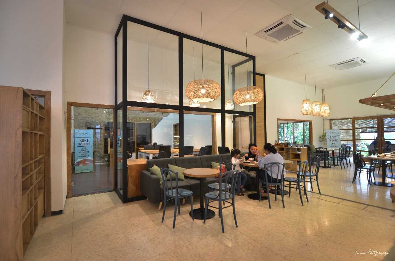 Saka Design Lab Makabana Creative Space & Coffee Shop Semarang, Kota Semarang, Jawa Tengah, Indonesia Semarang, Semarang City, Central Java, Indonesia Whatsapp-Image-2017-11-14-At-3  44685