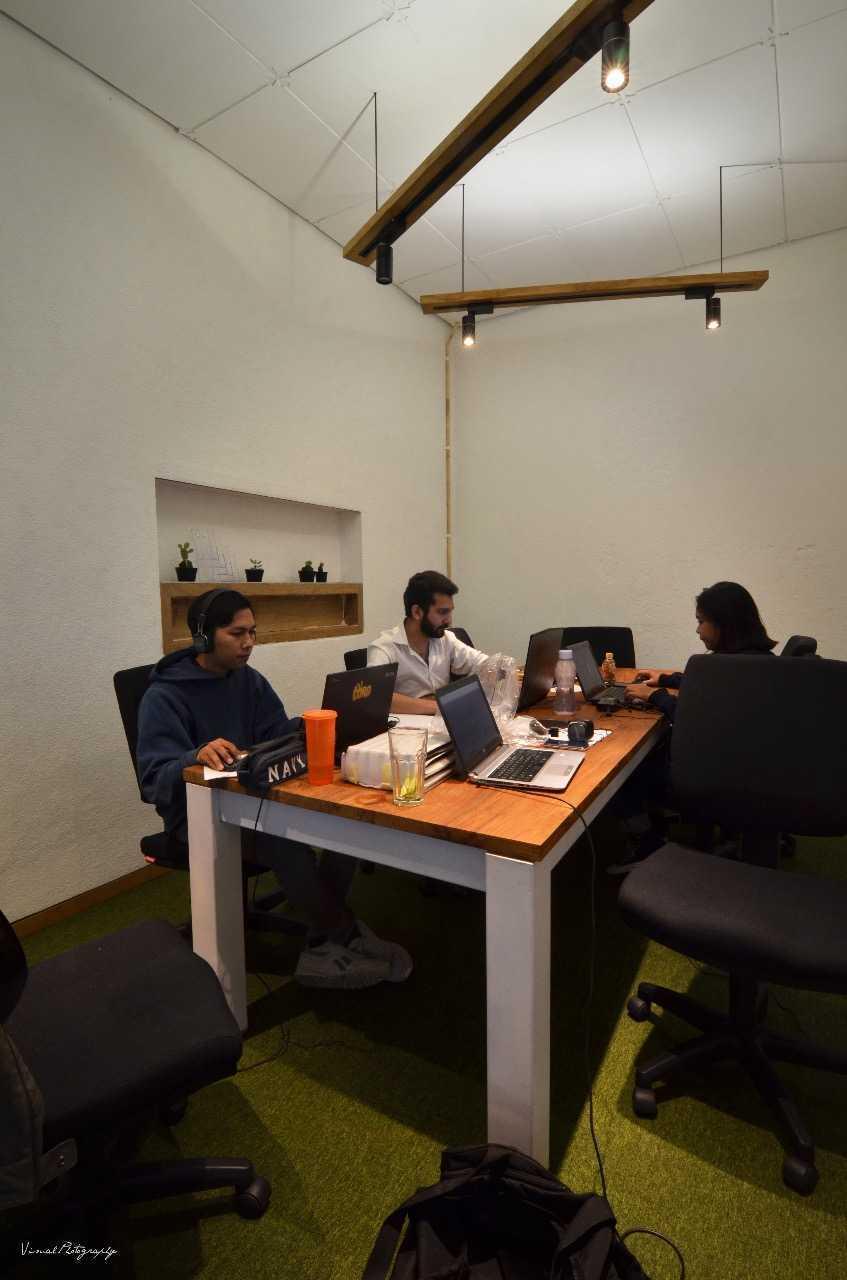 Saka Design Lab Makabana Creative Space & Coffee Shop Semarang, Kota Semarang, Jawa Tengah, Indonesia Semarang, Semarang City, Central Java, Indonesia Whatsapp-Image-2017-11-14-At-3  44686