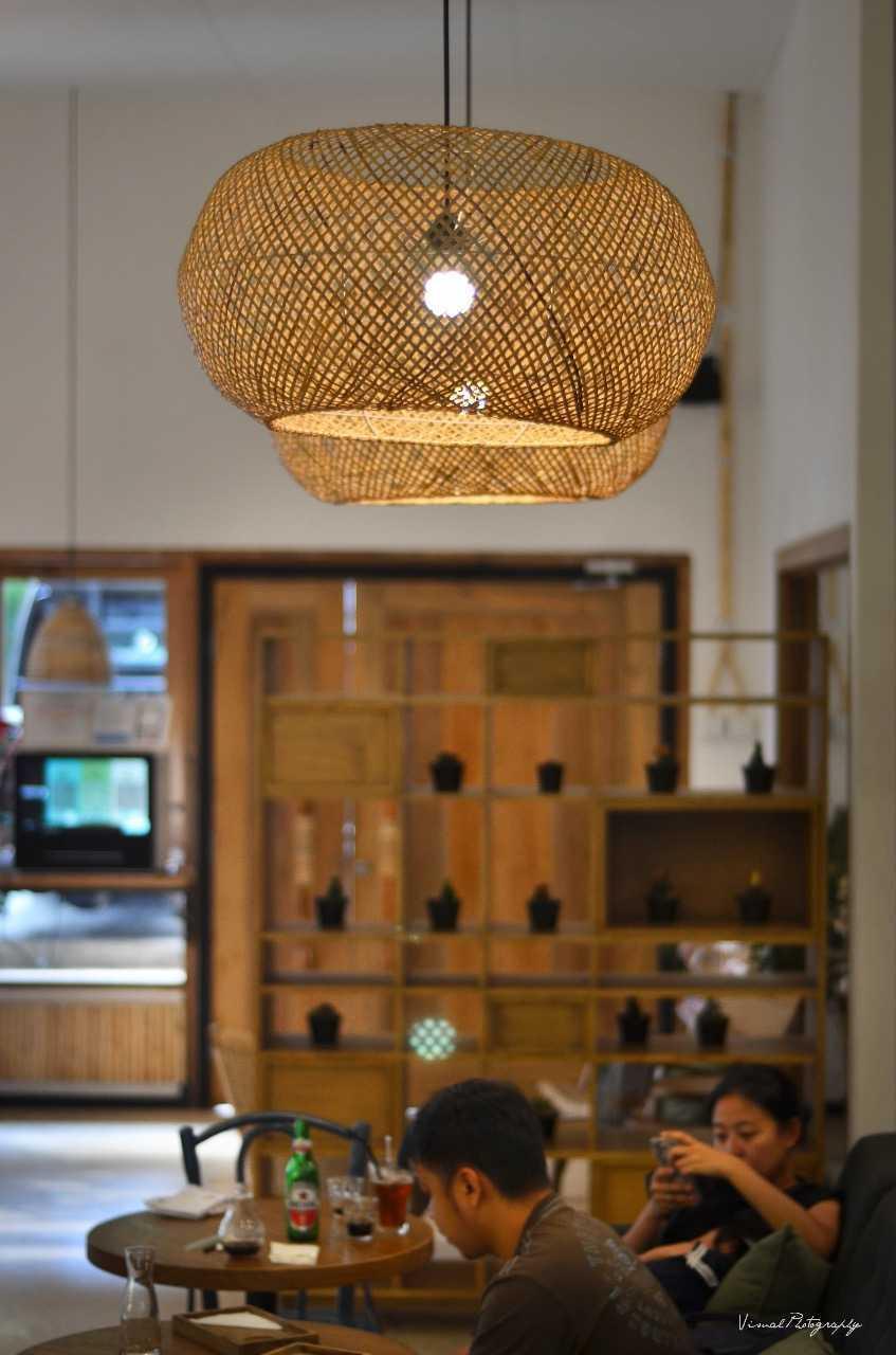 Saka Design Lab Makabana Creative Space & Coffee Shop Semarang, Kota Semarang, Jawa Tengah, Indonesia Semarang, Semarang City, Central Java, Indonesia Whatsapp-Image-2017-11-14-At-3  44691