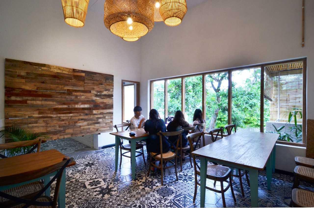 Saka Design Lab Makabana Creative Space & Coffee Shop Semarang, Kota Semarang, Jawa Tengah, Indonesia Semarang, Semarang City, Central Java, Indonesia Whatsapp-Image-2017-11-14-At-3  44698