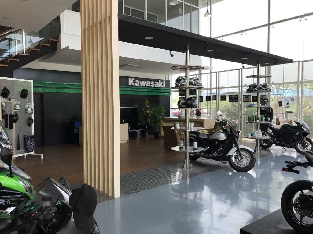 Ardea Architects Kawasaki Showroom - Umg Mandalay, Myanmar (Burma) Mandalay, Myanmar (Burma) Display Area Modern 40450