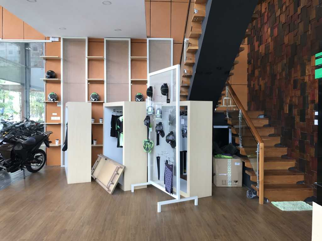 Ardea Architects Kawasaki Showroom - Umg Mandalay, Myanmar (Burma) Mandalay, Myanmar (Burma) Display Area Modern 40451