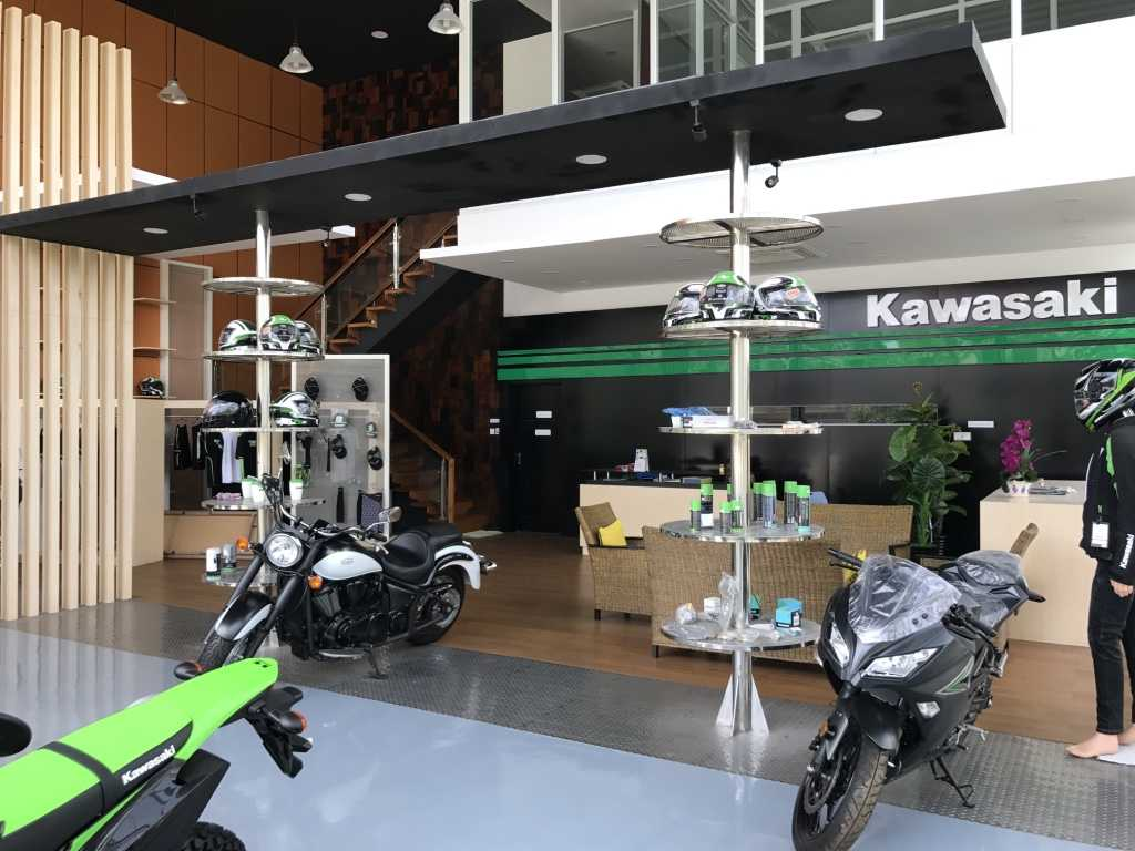 Ardea Architects Kawasaki Showroom - Umg Mandalay, Myanmar (Burma) Mandalay, Myanmar (Burma) Display Area Modern 40456