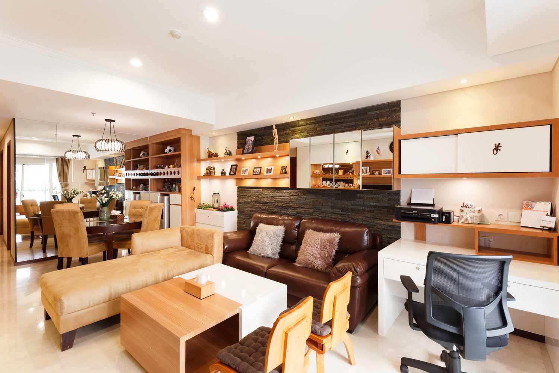 Foto inspirasi ide desain ruang kerja skandinavia Img3827 oleh ARTE Living di Arsitag