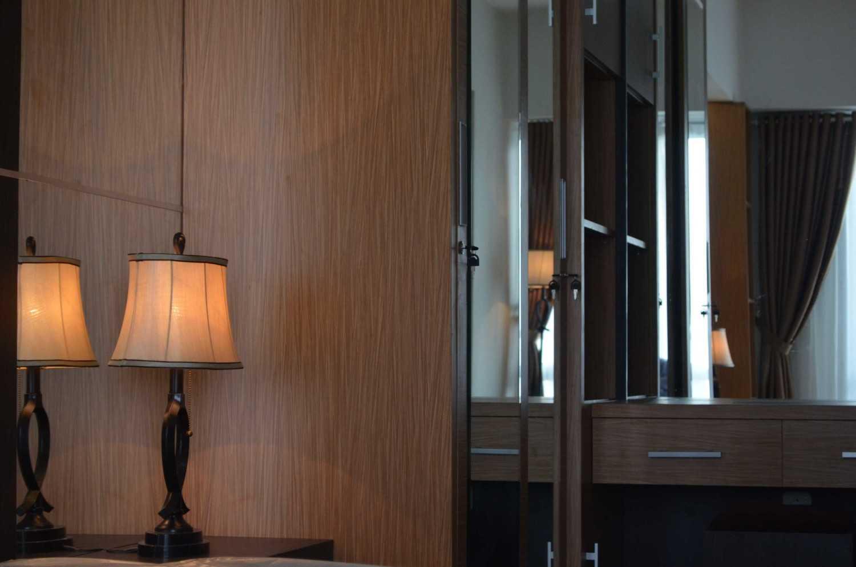 Limasaka Studio Interior Apartement At Ambassade Residence Jalan Denpasar Raya Kav. 5-7, Kuningan, Rt.16/rw.4, Karet Kuningan, Setia Budi, Kota Jakarta Selatan, Daerah Khusus Ibukota Jakarta 12950, Indonesia Jalan Denpasar Raya Kav. 5-7, Kuningan, Rt.16/rw.4, Karet Kuningan, Setia Budi, Kota Jakarta Selatan, Daerah Khusus Ibukota Jakarta 12950, Indonesia Dsc0071 Modern 36457