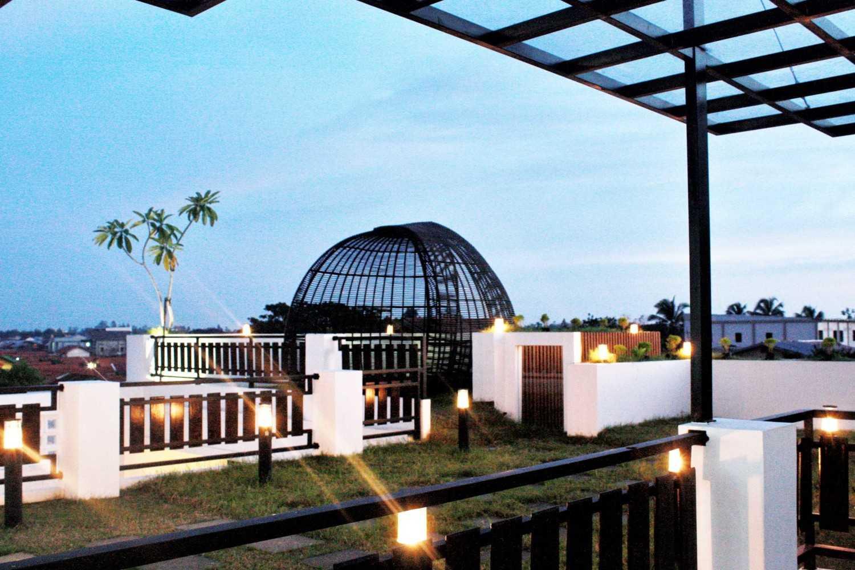 Padupadani Architect Martalena Green House Pontianak, Kota Pontianak, Kalimantan Barat, Indonesia Pontianak, Kota Pontianak, Kalimantan Barat, Indonesia Img20170706111113716  37658